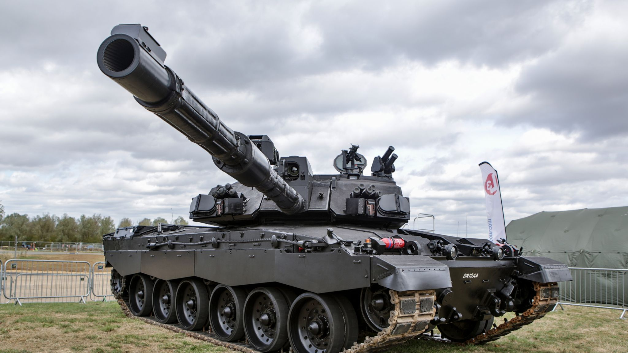 'Black Night': Upgraded tank for UK army unveiled by BAE Systems