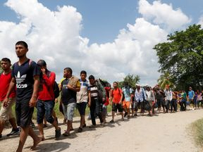 The smaller caravan of 600 migrants is following the larger one through Mexico