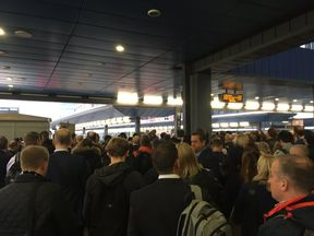 A packed Reading station after overhead lines damage. Pic: Rich Pitts