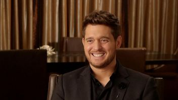 Michael Buble dismisses rumours that he is retiring