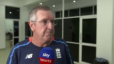 Bayliss laments England fielding