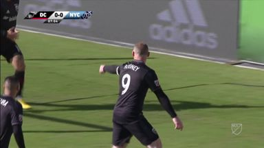 Rooney gives DC lead