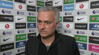 Mourinho accepts Chelsea coach apology