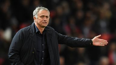 Giggs: Utd should stick with Jose
