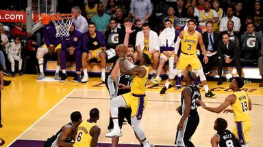 Spurs 143-142 Lakers