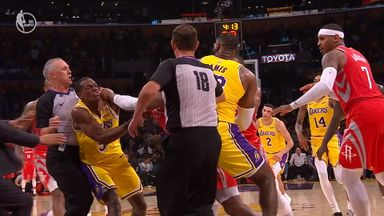 Punches thrown at Lakers game