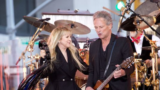 Stevie Nicks and Lindsey Buckingham of Fleetwood Mac perform