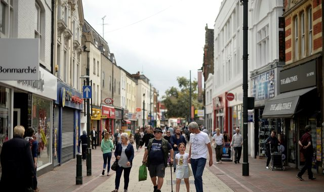 Tax online retail to create 'level playing field' for high street - MPs