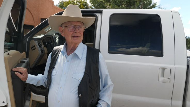 Cartel vs Cowboy: The man whose ranch is on smuggling route | World