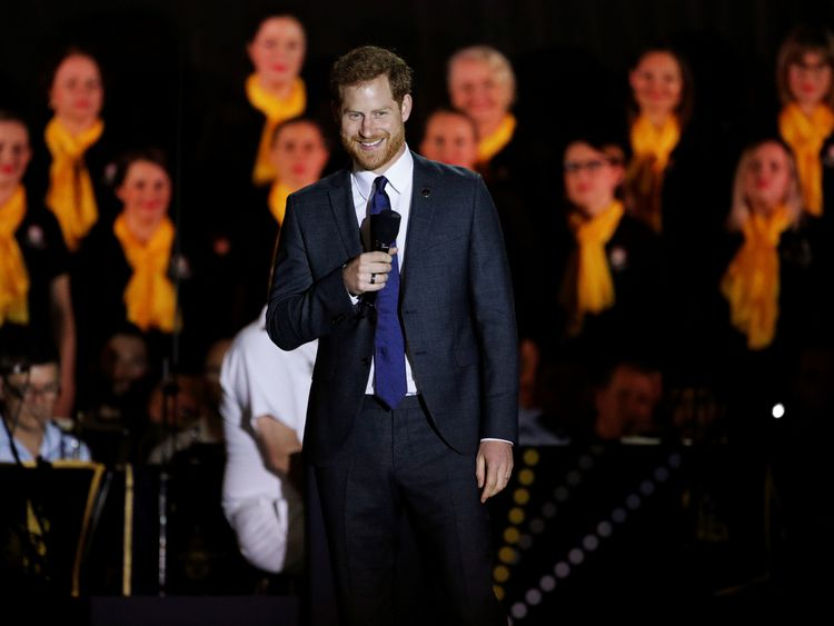 Prince Harry gives a speech at the Invictus Games in Sydney