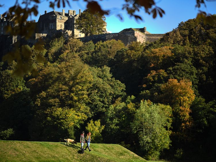 There will be a return to autumn weather after the climbing temperatures