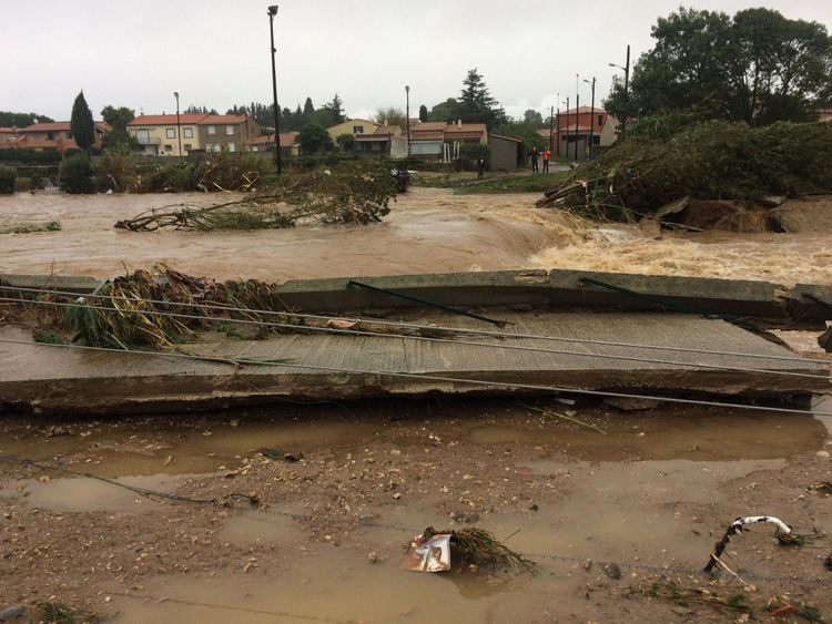 Six people killed as flash flooding hits Aude, southwest France