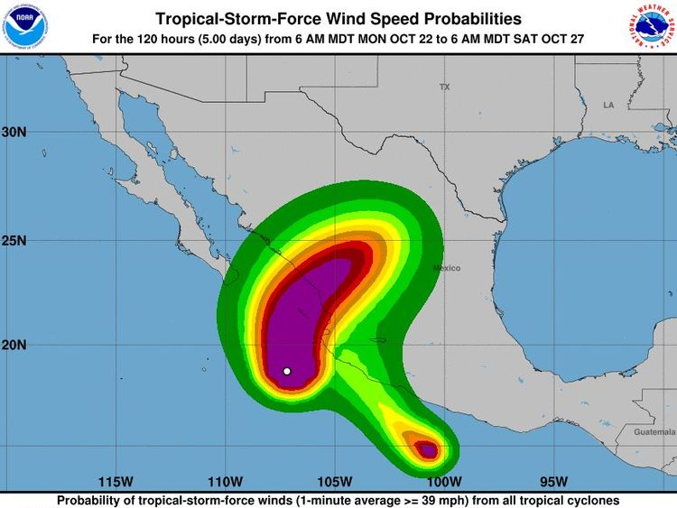 Hurricane Willa threatens Mexico tourist resorts