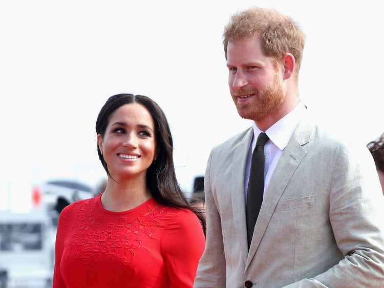 NUKU'ALOFA, TONGA - OCTOBER 25:  Prince Harry, Duke of Sussex and Meghan, Duchess of Sussex arrive Fua'amotu Airport on October 25, 2018 in Nuku'alofa, Tonga. The Duke and Duchess of Sussex are on their official 16-day Autumn tour visiting cities in Australia, Fiji, Tonga and New Zealand.  (Photo by Chris Jackson/Getty Images)