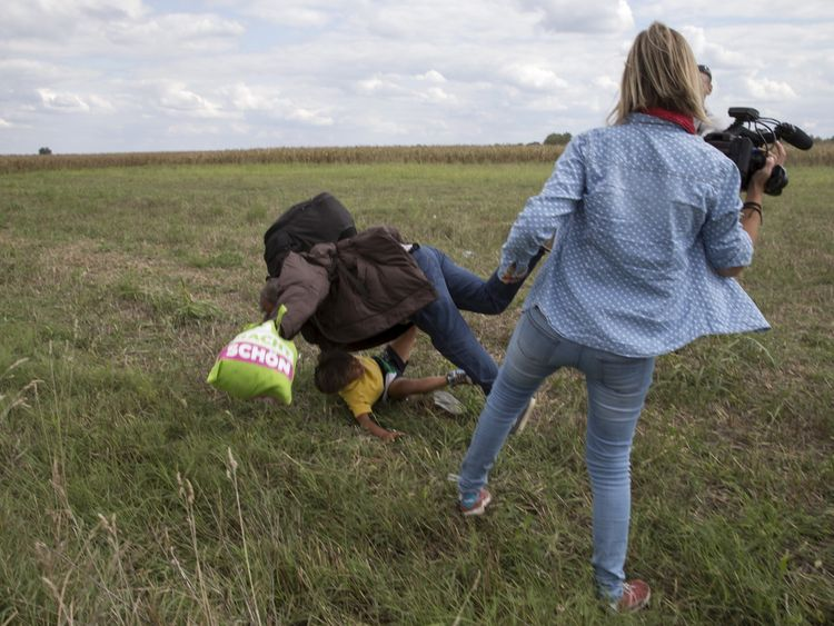 Hungary's top court acquits camerawoman who kicked migrants