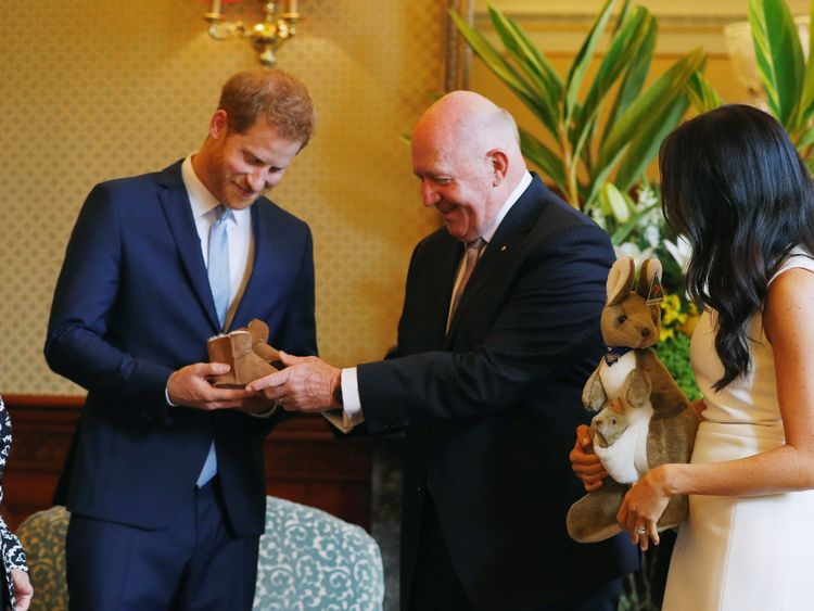 Harry and Meghan meet  Australia's Governor General Peter Cosgrove