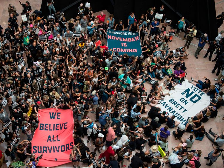 Schumer and Ratajkowski detained during anti-Kavanaugh protest