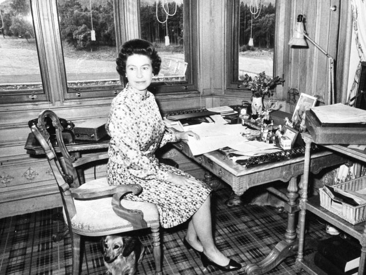 1972: The Queen in her study at Balmoral