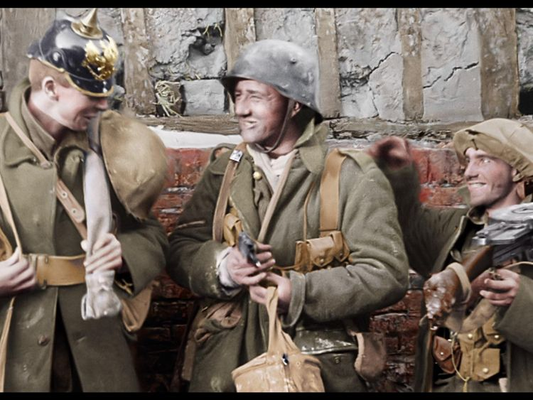 Peter Jackson Turned Black & White Film to Color in WW1 Doc
