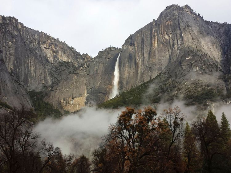 Many of the park's key features, such as Yosemite Falls, can be seen from Taft Point