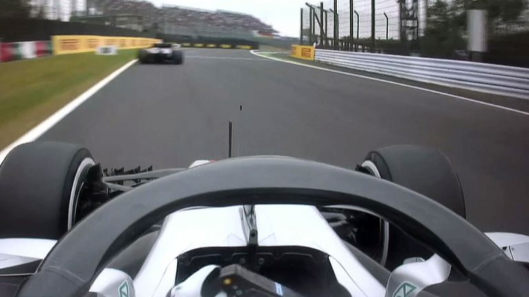 Hamilton roars to Japan pole, horror show for Vettel