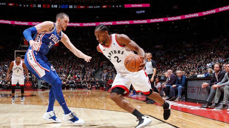 cde684518 Kawhi Leonard drives to the basket during his winning return to the  Raptors  39