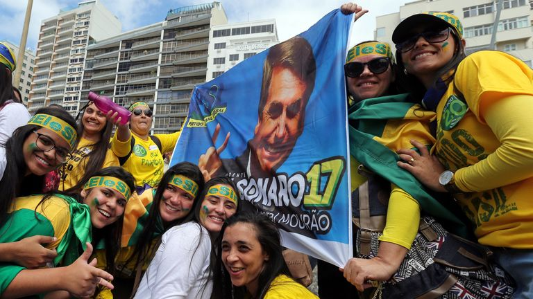 Fans of Brazil's new president, who supported Wilson Witzel to became Rio governor