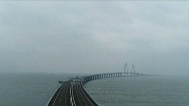 A new bridge between Hong Kong and the Chinese mainland has opened