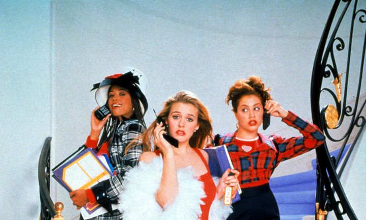 Alicia Silverstone (centre) as Cher in Clueless