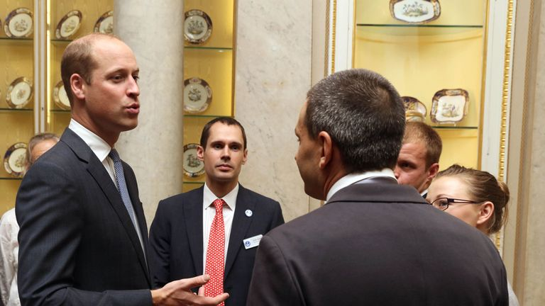 The Duke of Cambridge talking to diver Jim Warny as he hosts a reception at Buckingham Palace in London for the British divers who helped rescue 12 trapped boys from a cave in Thailand. PRESS ASSOCIATION Photo. Picture date: Tuesday October 16, 2018. See PA story ROYAL Divers. Photo credit should read: Jon Bond/The Sun/PA Wire