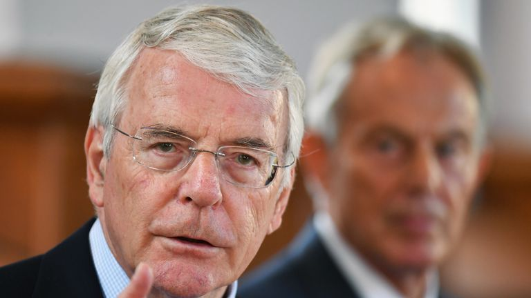 Sir John Major rebuked 'princelings fighting for the political crown of premiership'