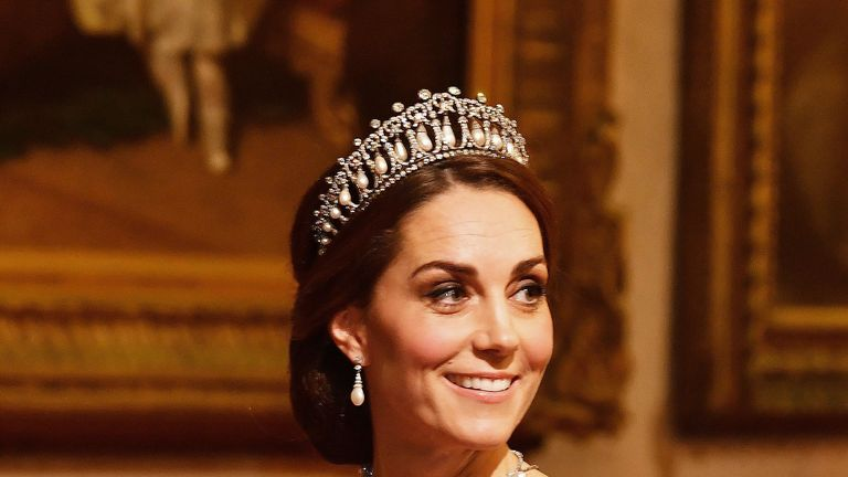 Kate Middleton wears a tiara that once belonged to Princess Diana