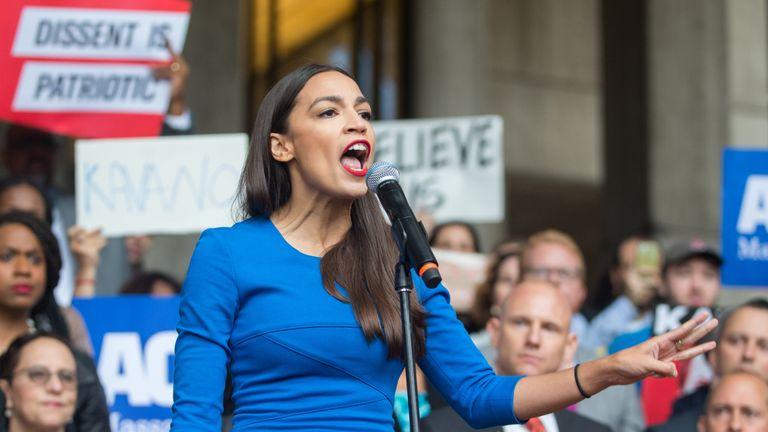 Alexandria Ocasio-Cortez campaigning against the Kavanaugh Supreme Court nomination