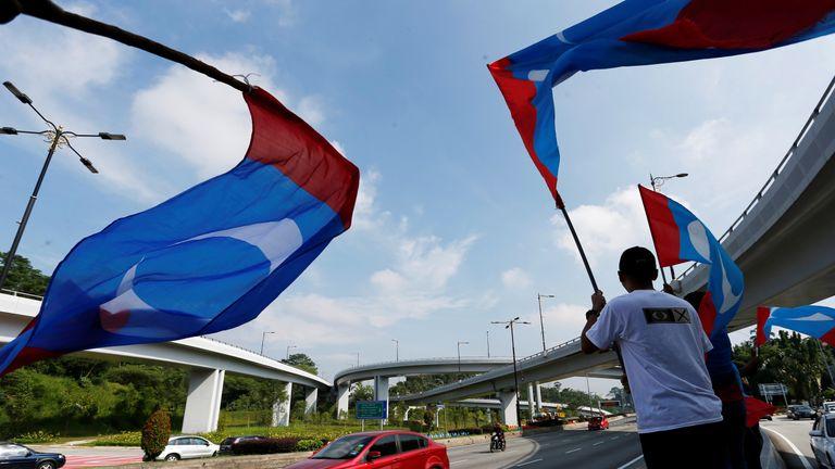 Supporters of Malaysia's Pakatan Harapan