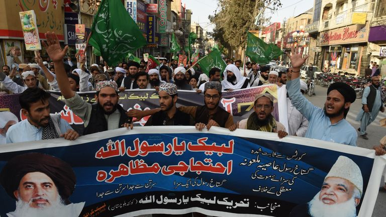 Supporters of the hadrline Tehreek-e-Labaik Pakistan took to the streets