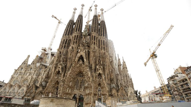 The Sagrada Familia is visited by an average of 12,000 people a day