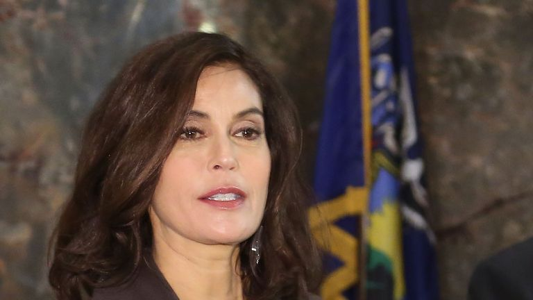 Actress Teri Hatcher has written an open letter to Donald Trump