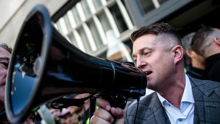 Tommy Robinson spoke to supporters outside the Old Bailey after his case adjourned