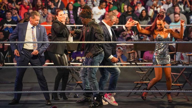 4:59                                               WWE chairman Vince Mc Mahon was in the mood for dancing on Smack Down 1000 last night