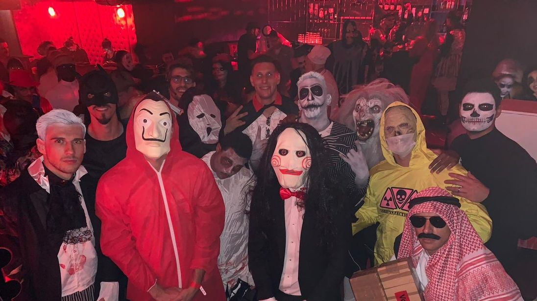 Members of the Bayern Munich squad assembled to celebrate Halloween. Pic: @FCBayern