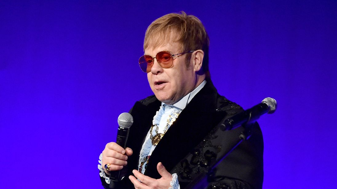 Elton John cancels farewell show in Orlando due to ear infection