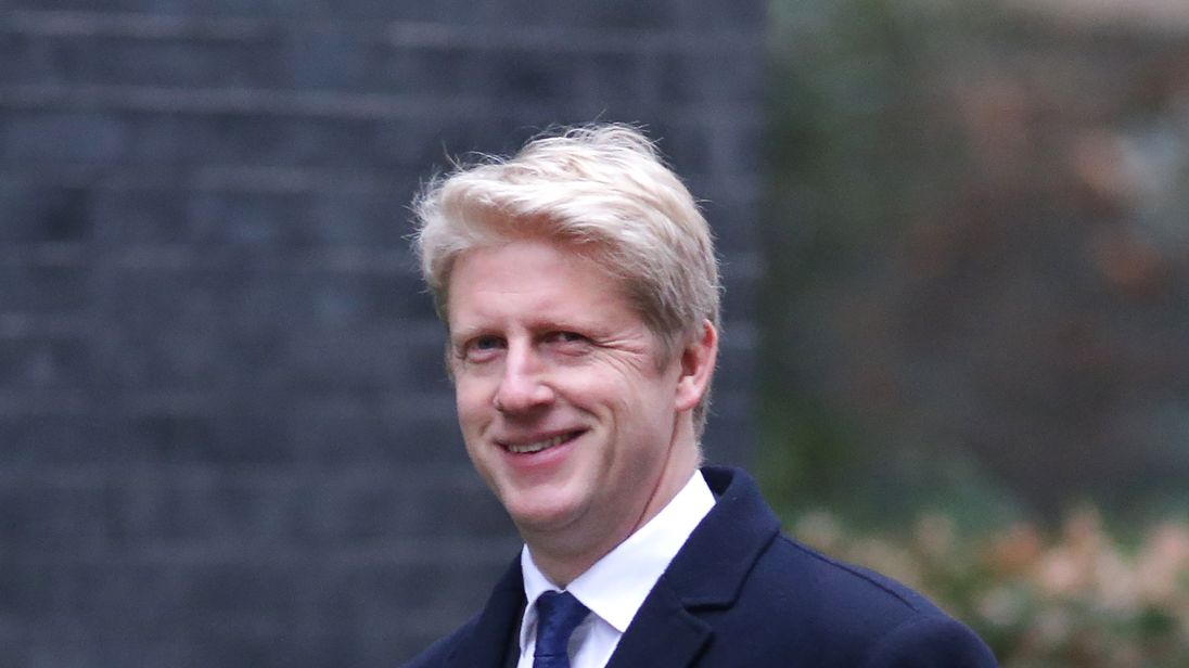 Minister Jo Johnson quits over Brexit and calls for new vote