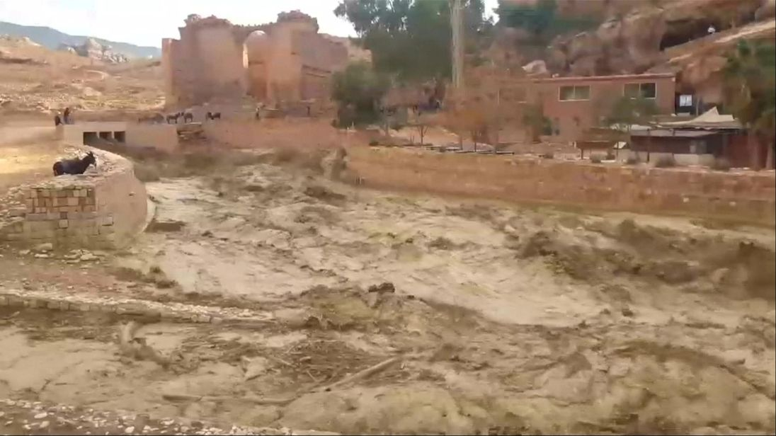 Jordan: Rains and floods kill nine, force tourists to flee Petra