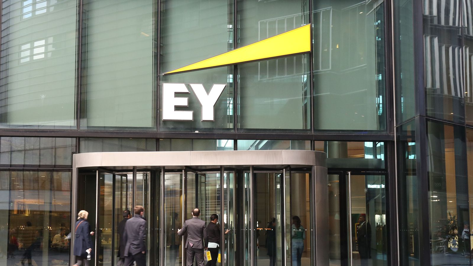 EY partners set to take pay cut after growth slows