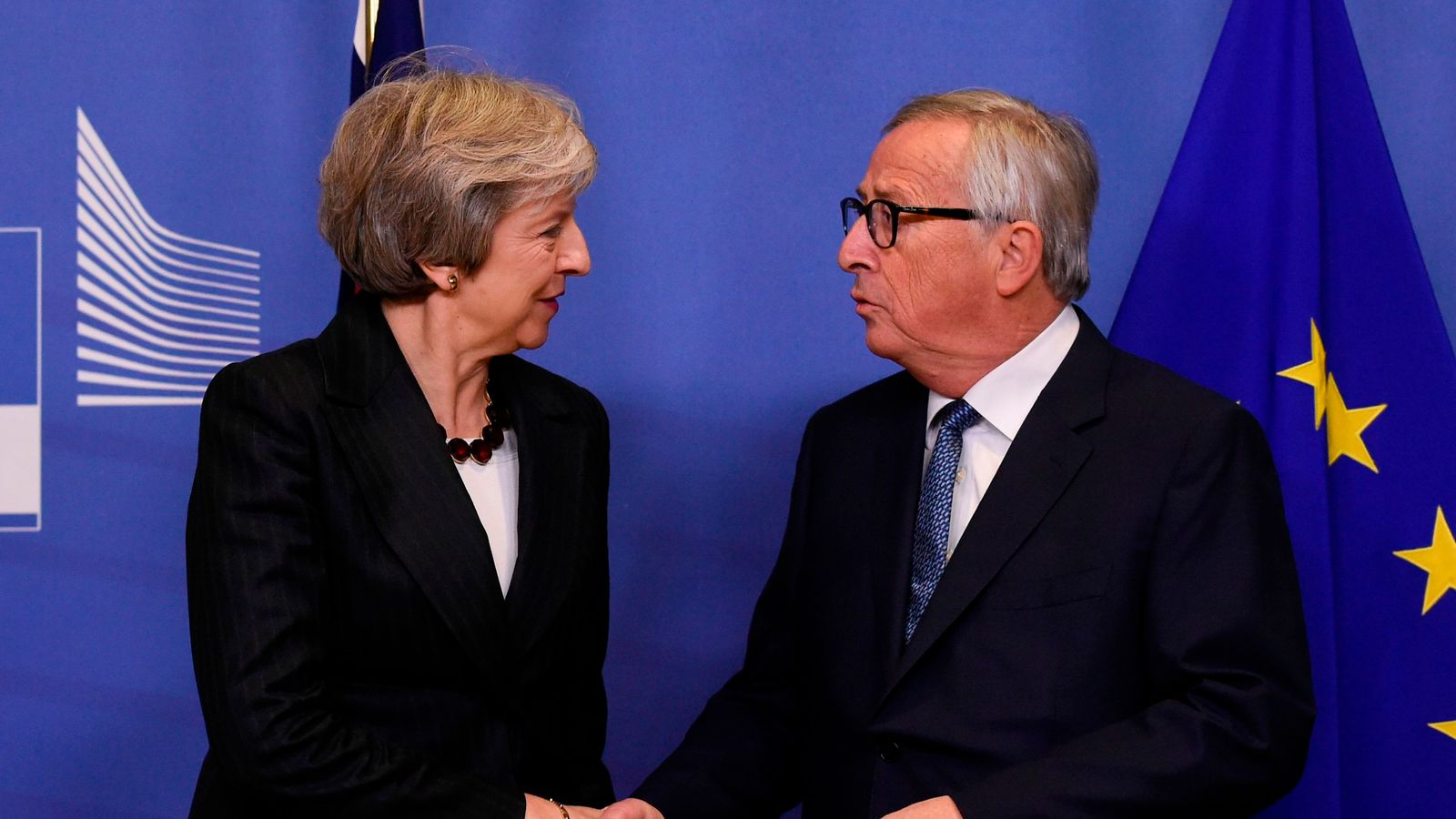Fears over Brexit deal sign-off this weekend as UK-EU talks 'continue'