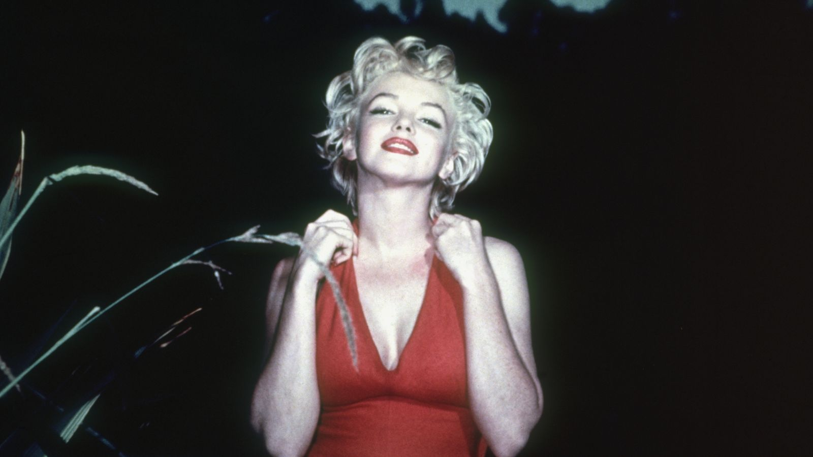 Marilyn Monroe's Golden Globe sells for record $250k