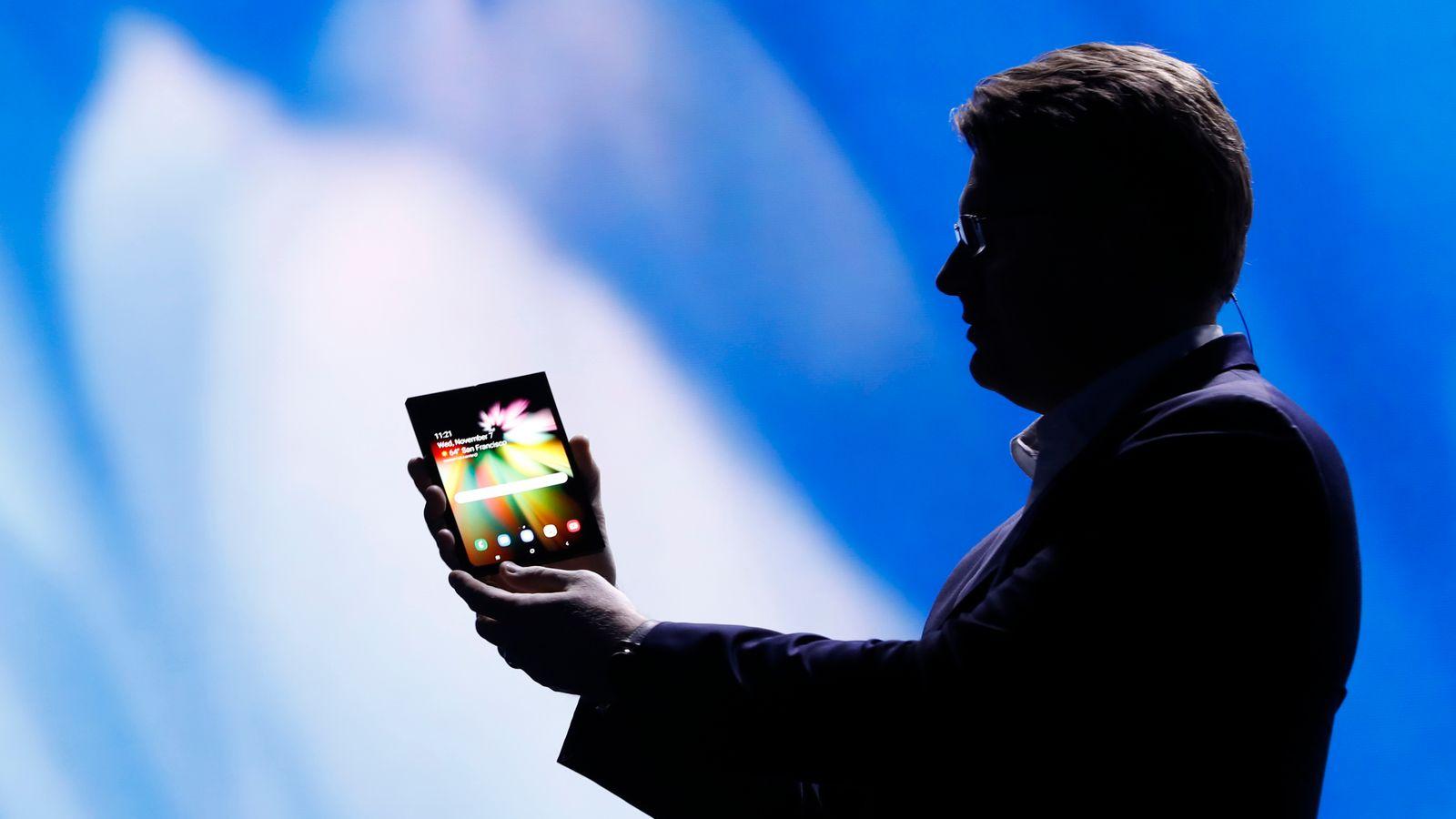 Samsung unveils folding smartphone