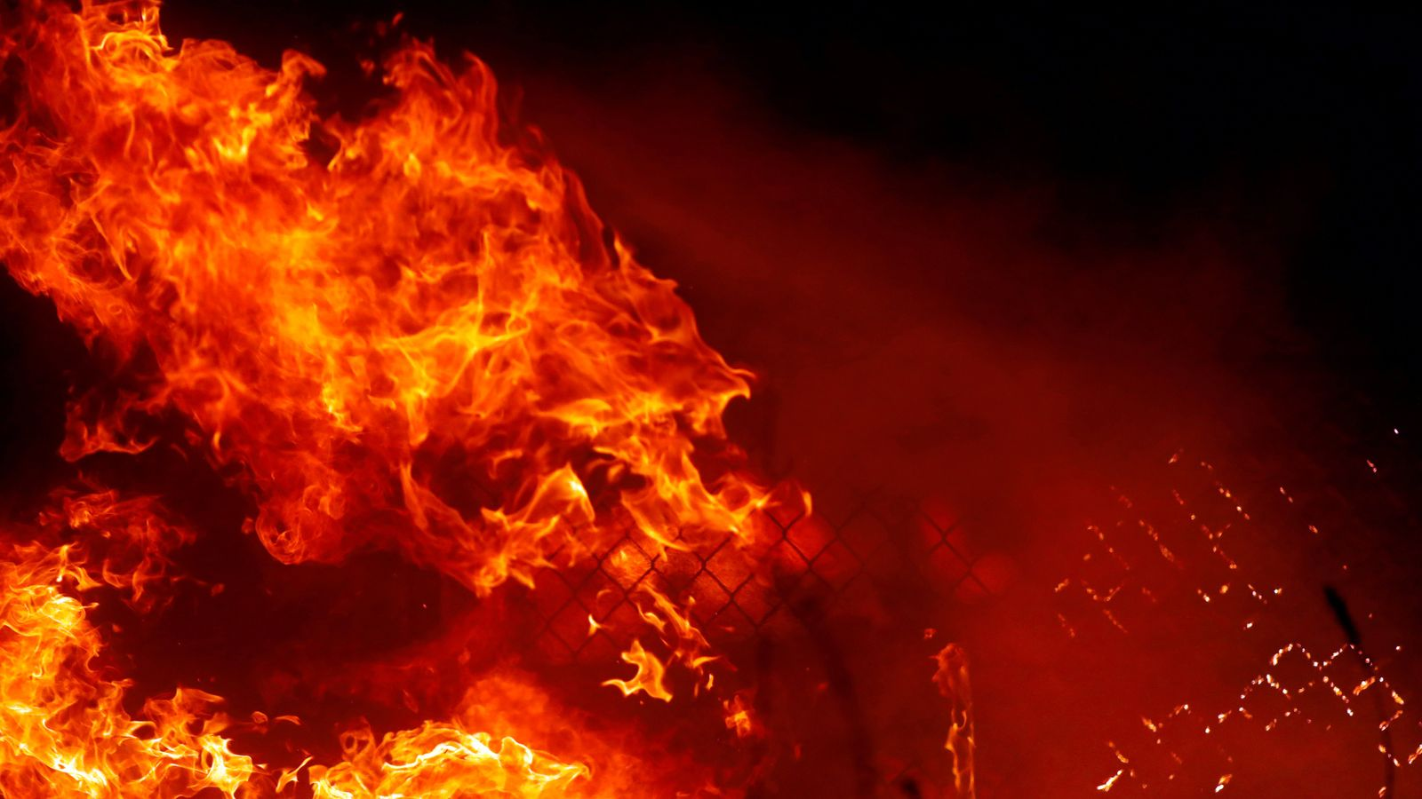 california wildfires devastation and destruction in pictures us news sky news. Black Bedroom Furniture Sets. Home Design Ideas