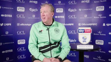 McClaren wins Manager of the Month