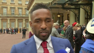 Defoe receives OBE for foundation